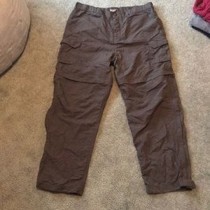 REI women's 14P hiking pants zip off, pockets